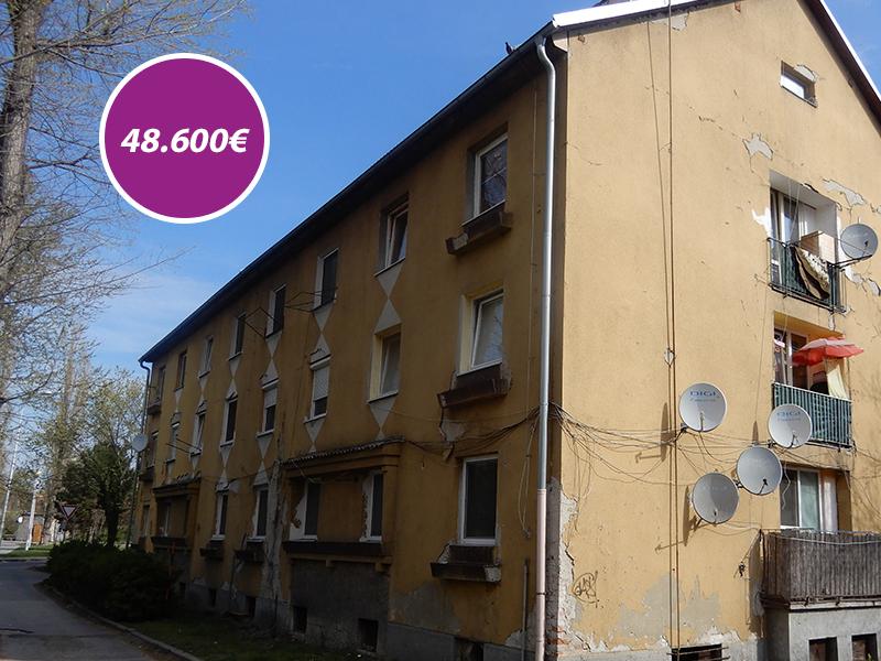 dvojizobvy-byt-c-1-na-ulici-priatelstva-v-komarne-pivnicne-priestory-o-vymere-45694-m2
